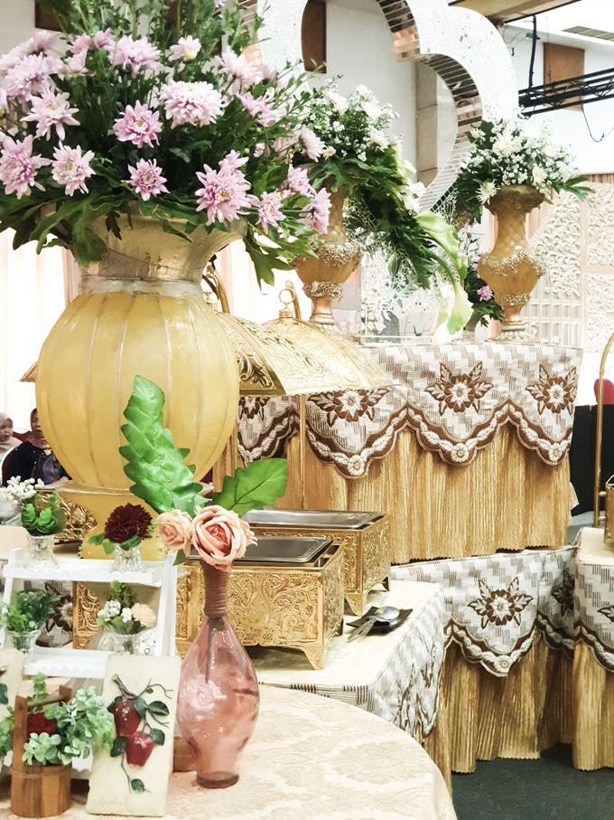 The Wedding Of Rezky & Rizal by Dirasari Catering - 006