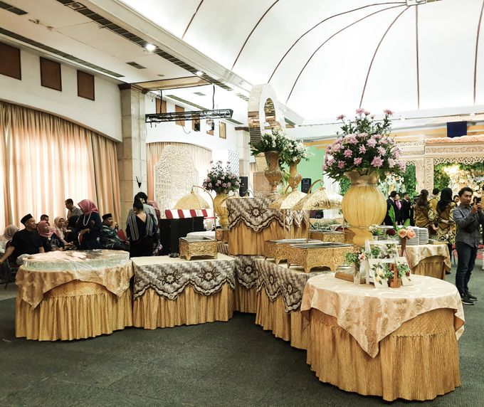 The Wedding Of Rezky & Rizal by Dirasari Catering - 016