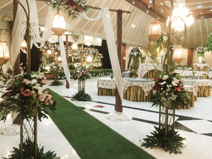 The Wedding Of Dian & Aji by Dirasari Catering - 003