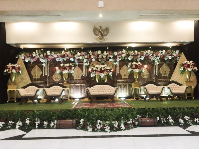 The Wedding Of Dian & Aji by Dirasari Catering - 008
