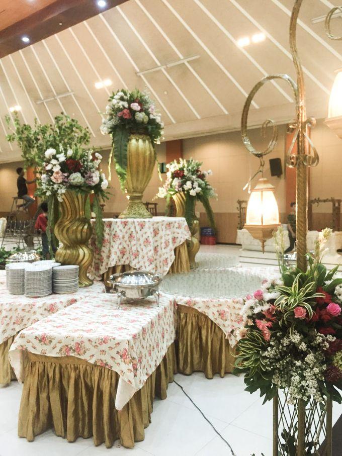 The Wedding Of Dian & Aji by Dirasari Catering - 009