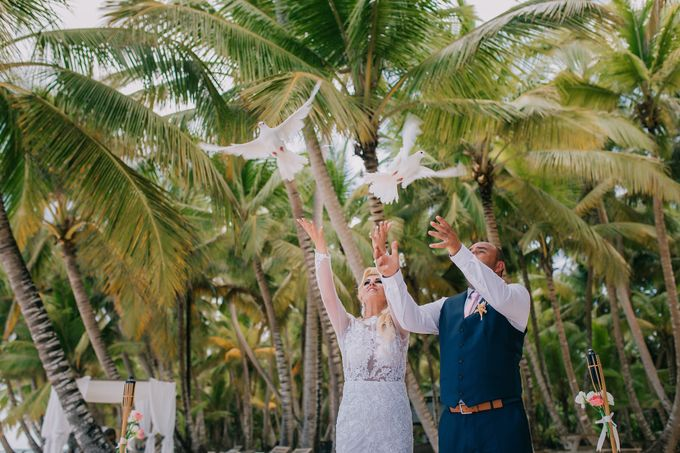Kristina & Sergejus  Wedding Destination Saona Island by Jennifer C  Wedding & Event Agency - 020