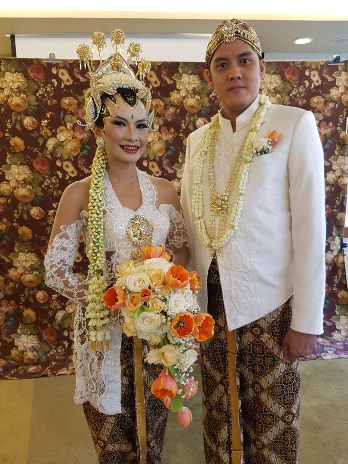 Rosa & Thomas Wedding by Arum Ndalu Sanggar Rias Pengantin - 003