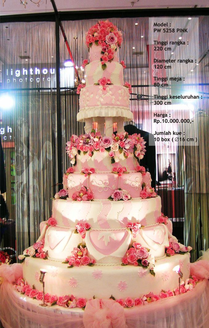 wedding cake 7 tiers by Pelangi Cake - 016