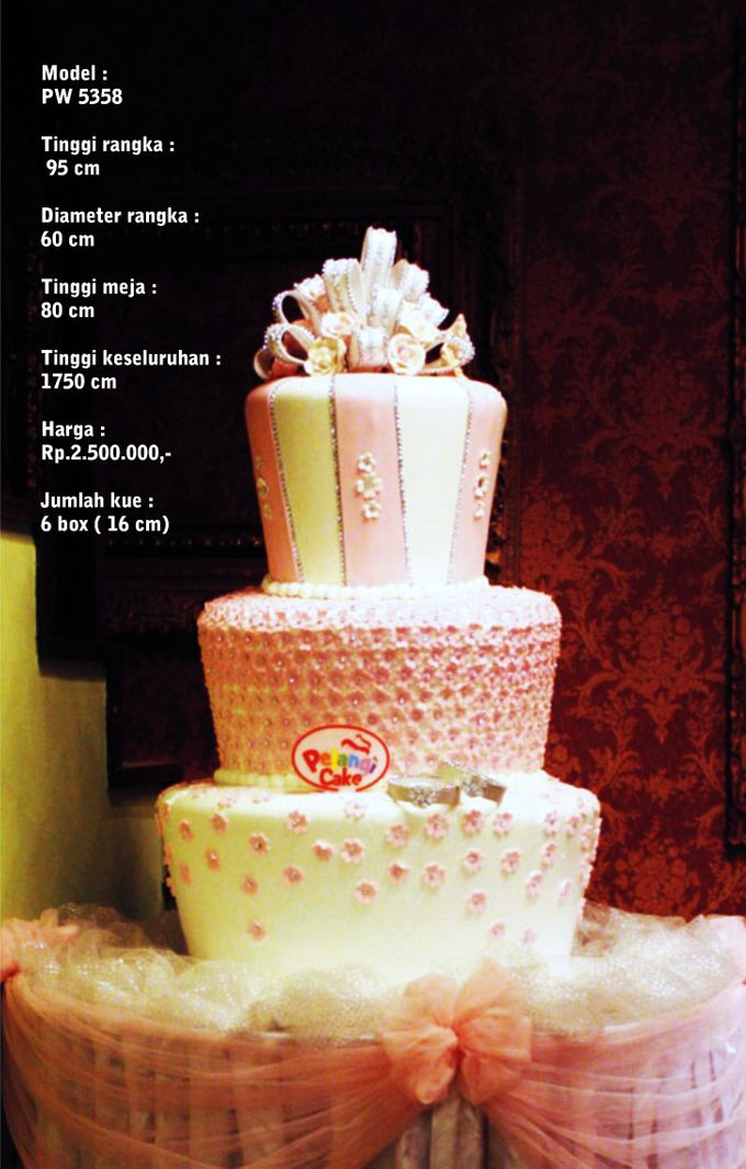 Wedding Cake 3 Tiers by Pelangi Cake - 014