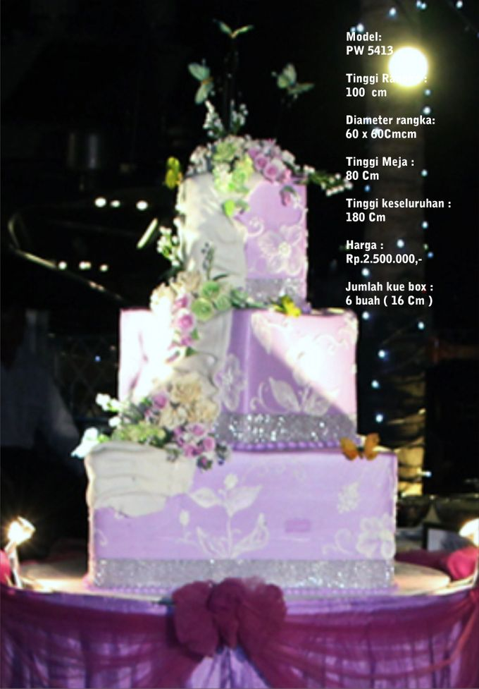 Wedding Cake 3 Tiers by Pelangi Cake - 013