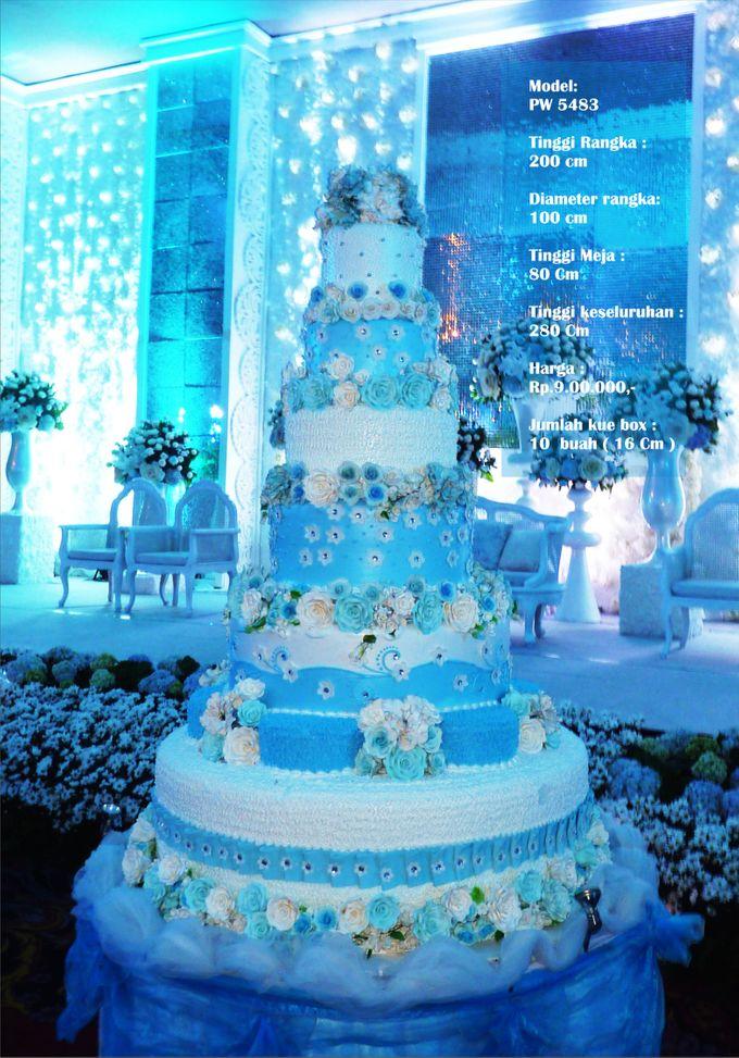 wedding cake 7 tiers by Pelangi Cake - 012