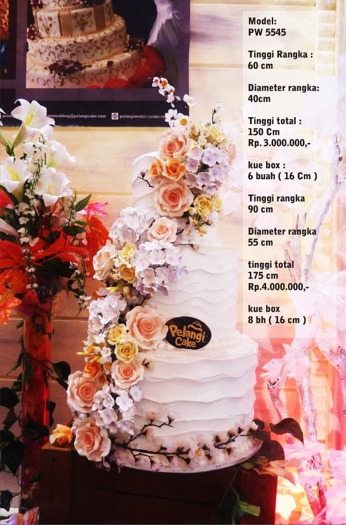 Wedding Cake 3 Tiers by Pelangi Cake - 024