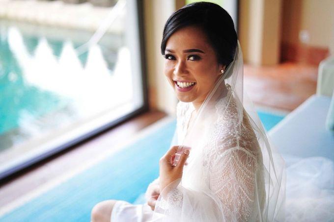 THE WEDDING OF ANDRES & REGINA - Morning Bridal Beauty Shoots by Meliana Make Up Artist - 003