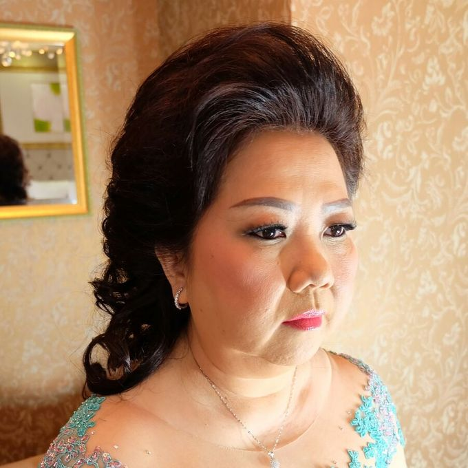 Hairdo Mom Bride by Makeup And Hairdo By iis - 023