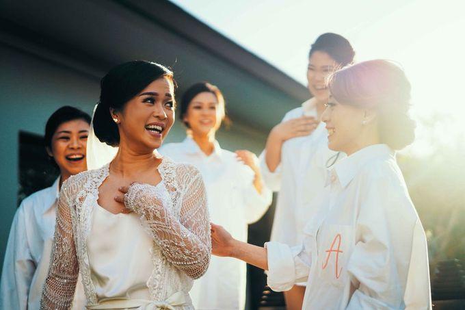 THE WEDDING OF ANDRES & REGINA - Morning Bridal Beauty Shoots by Meliana Make Up Artist - 007