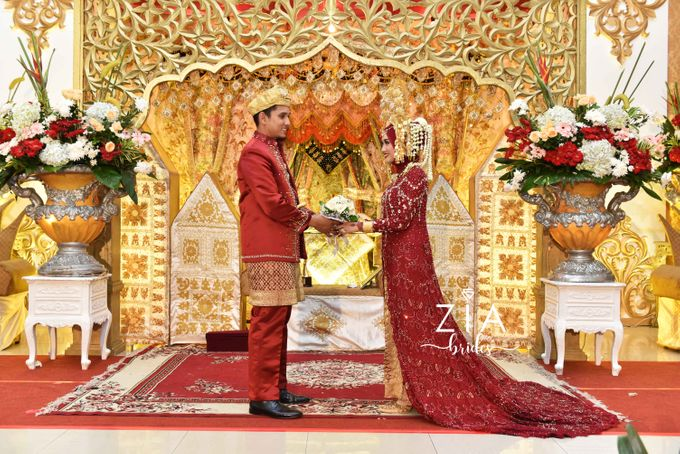 Ika & Iqbal Wedding by Zia Brides Make Up Artist & Kebaya - 007