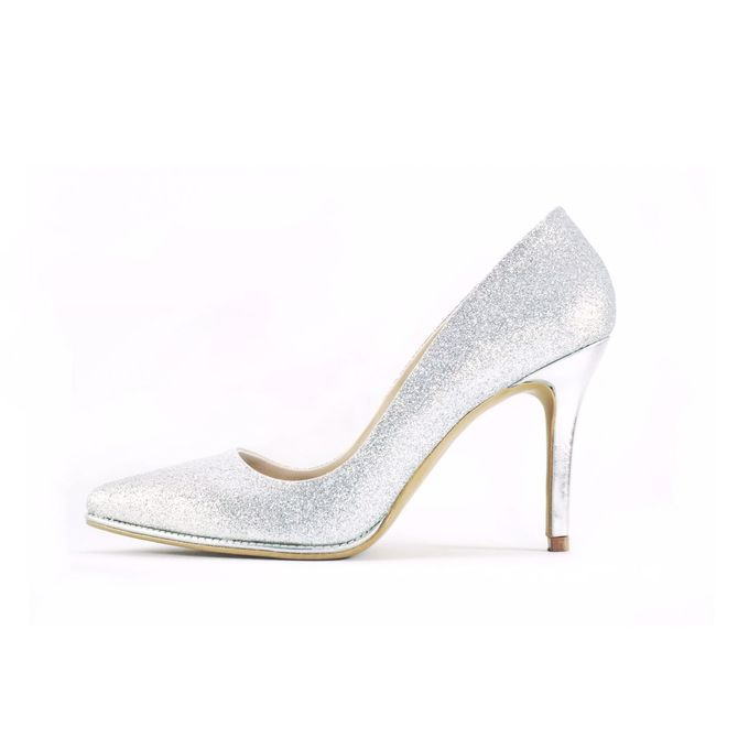 Pointed Heels without embellishments. by CAVA PRIVÉ - 002