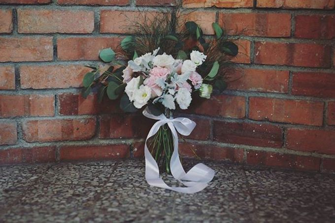 Soft Pastels Church Wedding - Iva & Raymond by Flores de Felice - 005