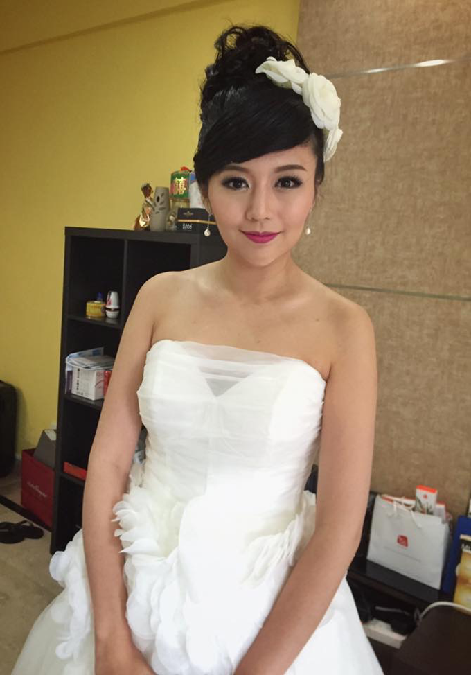 Bride's photos taken by my phone by Queen Makeup Artist - 004