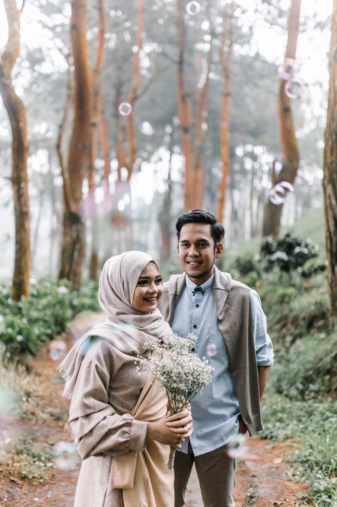 Prewedding Mr Adi & Mrs aika by Quickart picture - 004
