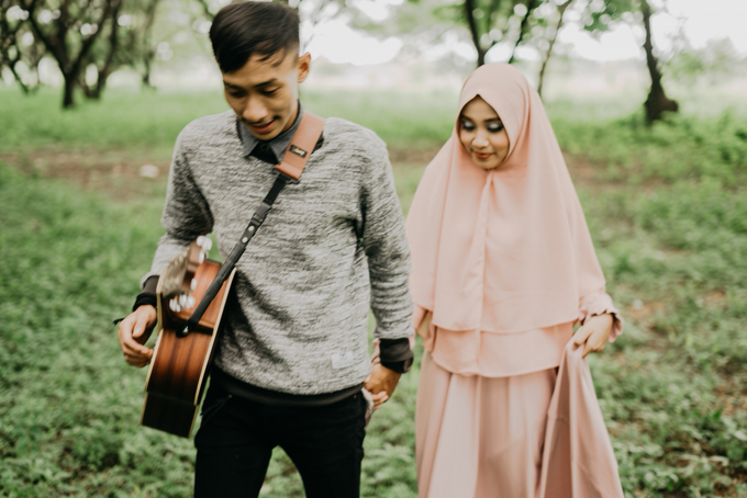 Prewedding Fajar and Aphril by Quickart picture - 002