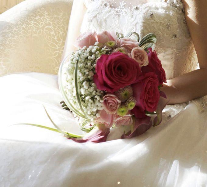 Fushia Bridal Bouquet by Amaryllis Floral Art - 001