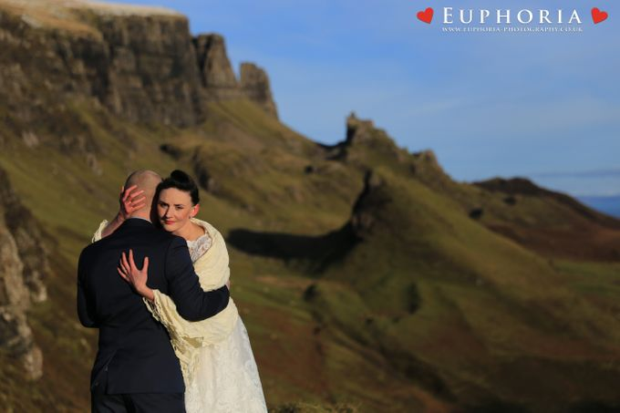 The Euphoria Experience - Isle of Skye Elopements by Euphoria Photography - 010