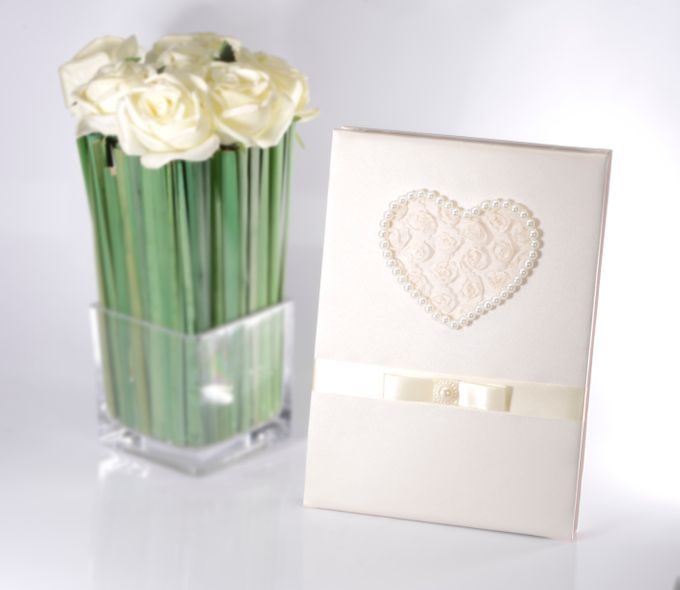 WEDDING GUEST BOOK by TIANXI TRADING PTE LTD - 002