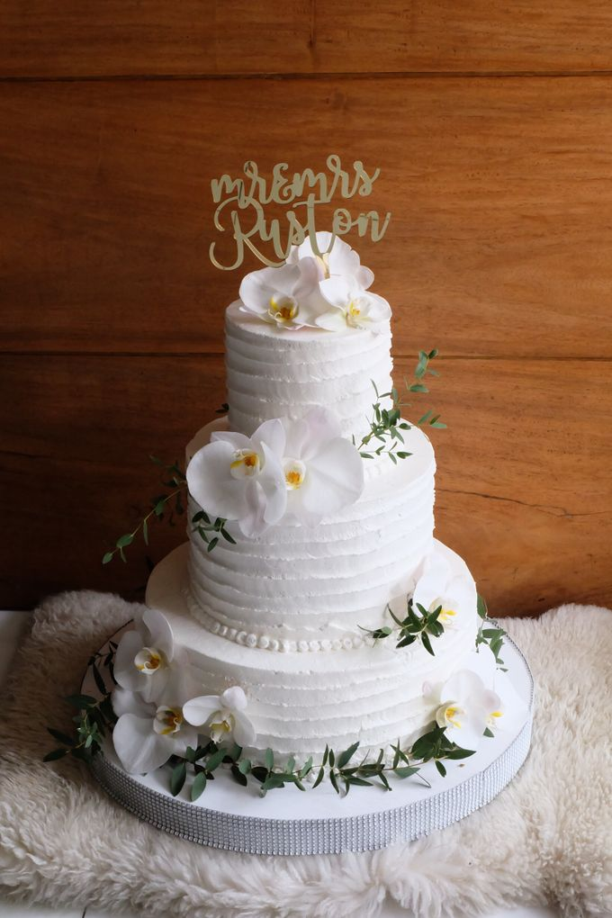 The Wedding of William & Grace by KAIA Cakes & Co. - 001