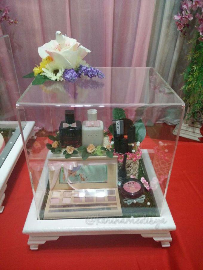Tips Penting Cara Membungkus Parcel Pernikahan yang Sederhana
