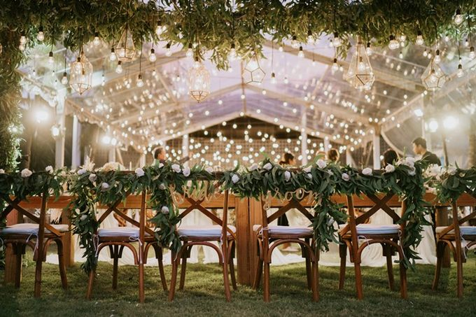 White & Green  Romantic Dinner Decoration by Bali Izatta Wedding Planner & Wedding Florist Decorator - 010