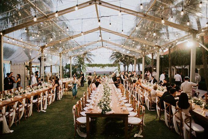 White & Green  Romantic Dinner Decoration by Bali Izatta Wedding Planner & Wedding Florist Decorator - 009