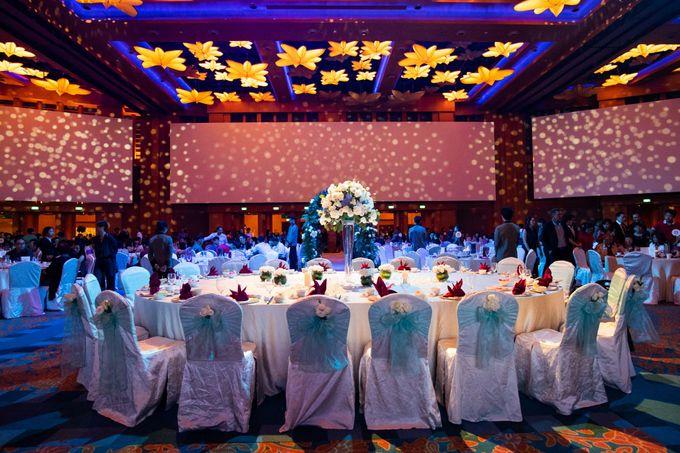 Resorts World Sentosa Wedding by GrizzyPix Photography - 005