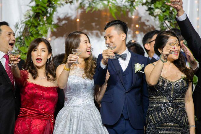 Resorts World Sentosa Wedding by GrizzyPix Photography - 017