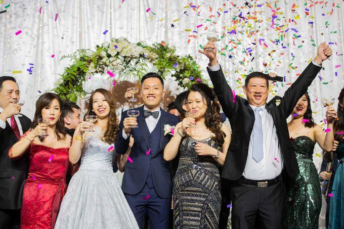 Resorts World Sentosa Wedding by GrizzyPix Photography - 020