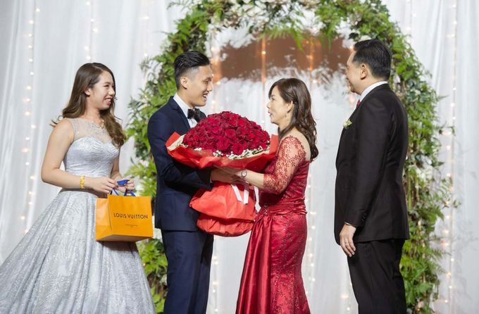 Resorts World Sentosa Wedding by GrizzyPix Photography - 030