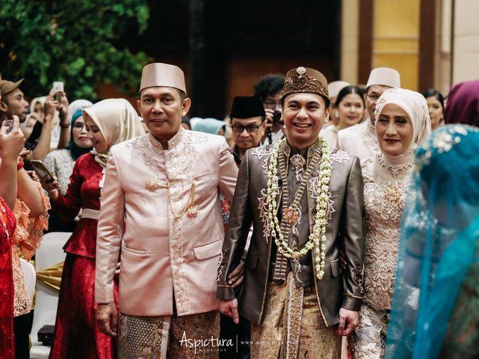 Wedding Day Raditya Dika & Anissa Aziza by Wong Hang Distinguished Tailor - 005