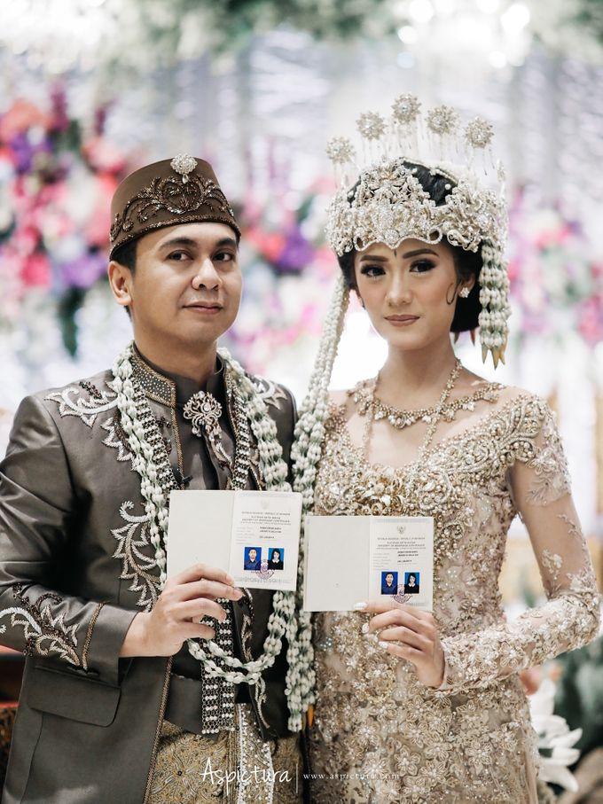 Wedding Day Raditya Dika & Anissa Aziza by Wong Hang Distinguished Tailor - 008