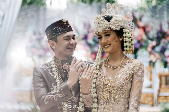 Wedding Day Raditya Dika & Anissa Aziza by Wong Hang Distinguished Tailor - 010