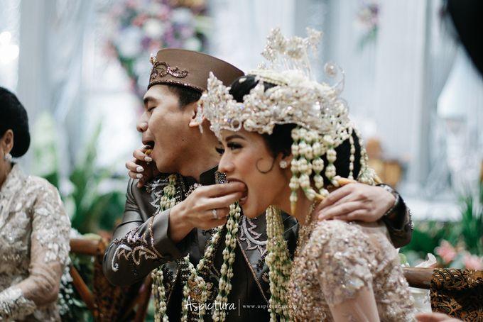 Wedding Day Raditya Dika & Anissa Aziza by Wong Hang Distinguished Tailor - 015
