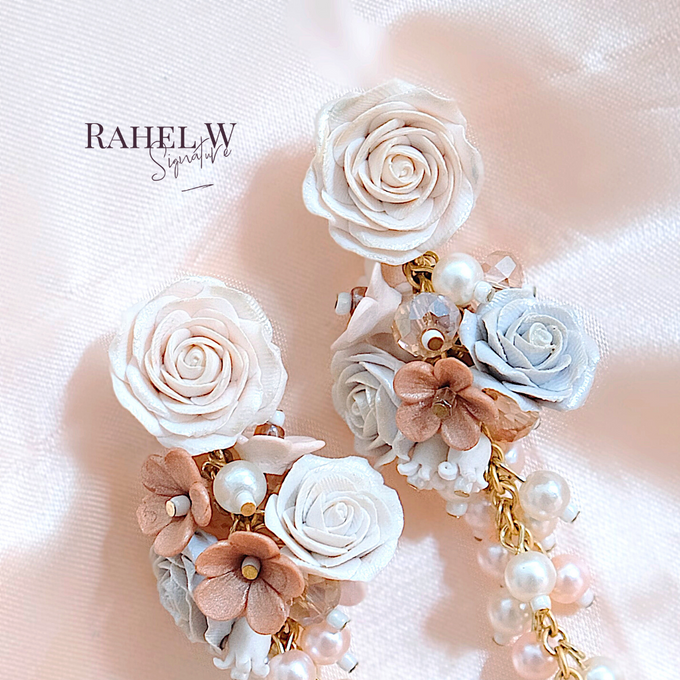 Wearring White by Rahel W Signature - 001