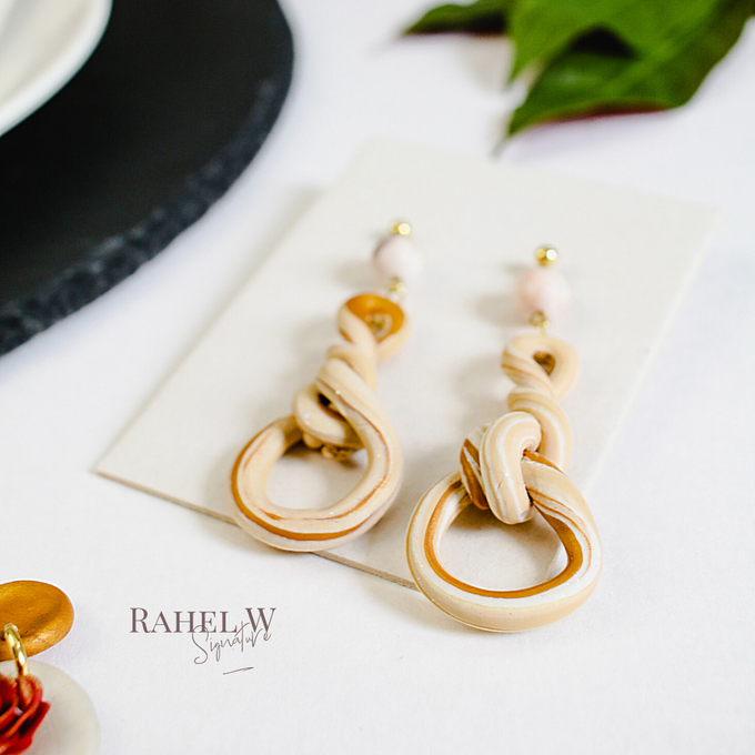 Casual for PreWedding by Rahel W Signature - 001