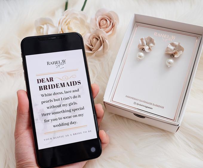 Bridemaid Earrings by Rahel W Signature - 001