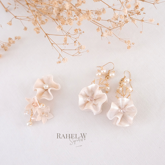 Wearring White by Rahel W Signature - 015