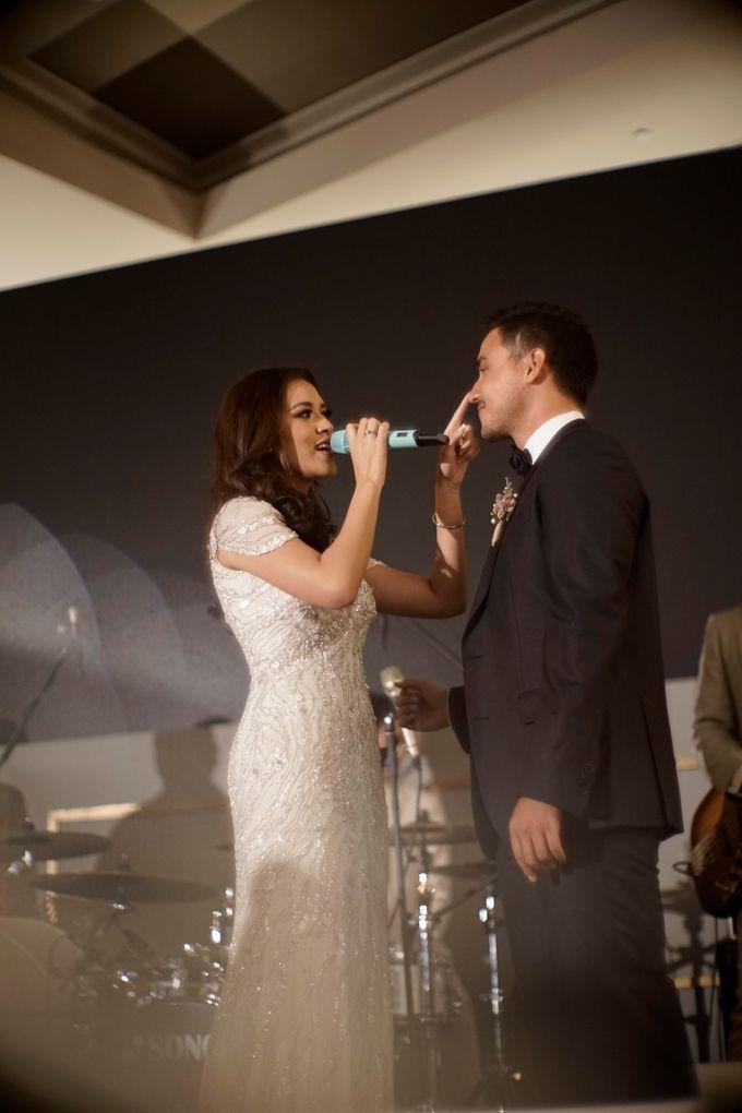 LED Screen - Raisa & Hamish Wedding by Chroma Project - 006