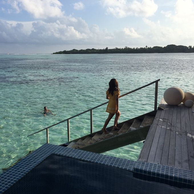 Raisa & Hamish, Club Med Finolhu Villas by Club Med - 001