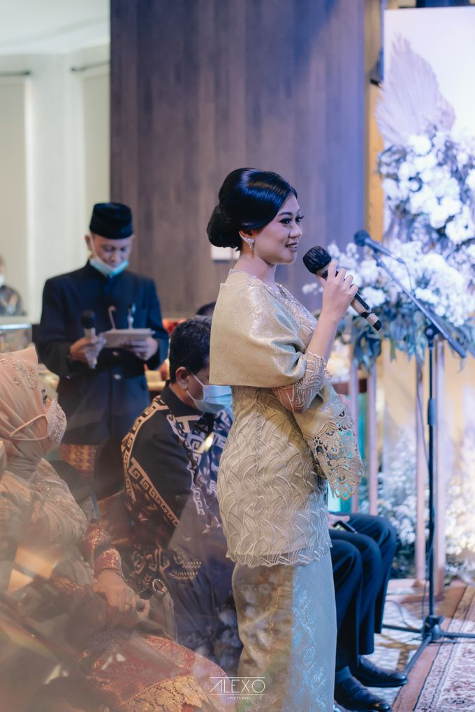 Engagement of Bella & Hendraji by Alexo Pictures - 022