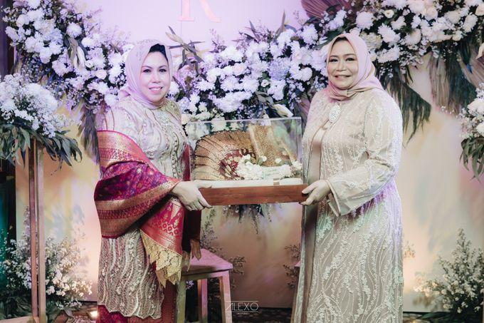 Engagement of Bella & Hendraji by Alexo Pictures - 030