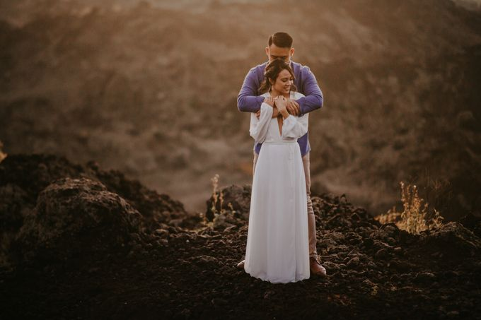 Jennifer and Andrew Sunrise Session in Bali by PadiPhotography - 007