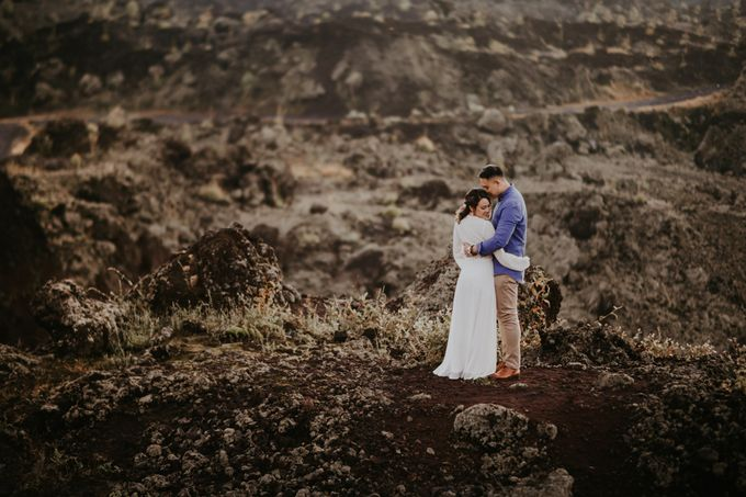 Jennifer and Andrew Sunrise Session in Bali by Endrye MakeupArt - 031