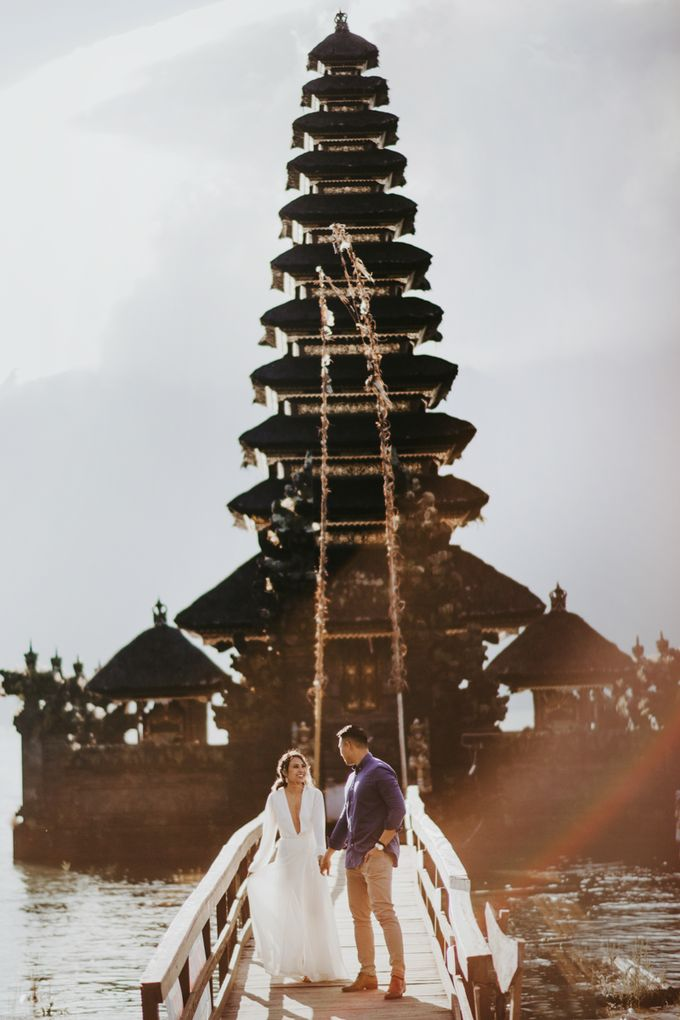 Jennifer and Andrew Sunrise Session in Bali by Endrye MakeupArt - 021
