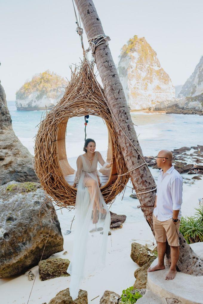 Nusa Penida Pre-Wedding Trip of Arya and Nadya by PadiPhotography - 005