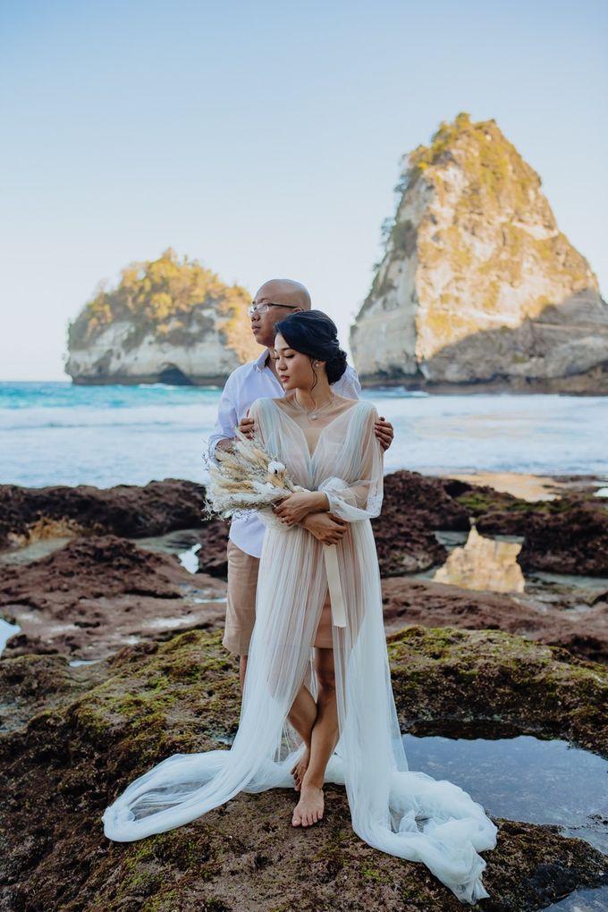 Nusa Penida Pre-Wedding Trip of Arya and Nadya by PadiPhotography - 012