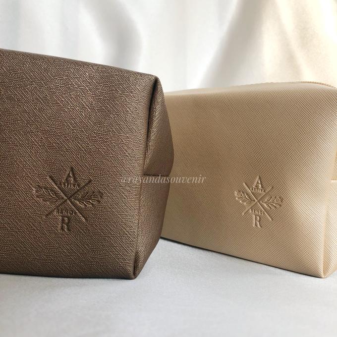 Boxy Pouch  by Rayanda souvenir - 003